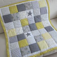 Handmade Patchwork Baby Quilt with Beatrix Potter fabric