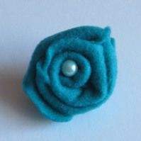 Ladies Dark Green Felt Rose Corsage