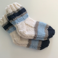 Hand knitted socks 3-6 months