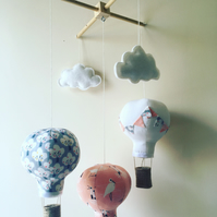 Set of 3 mini mobiles and 2 clouds