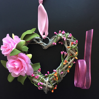 Floral Wicker Heart Wreath (6 x 6 inches)