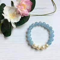 Sky Blue Jade and Cream Pearl Stretch Bracelet