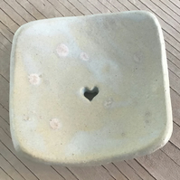 Small soap dish