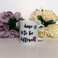Dare to be different - Mug
