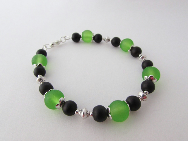 Black & Green Glass Bead Bracelet, Black Bracelet, Green Bracelet, Green