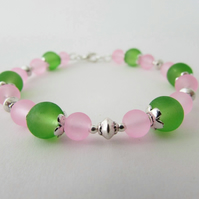 Pale Pink & Green Glass Bead Bracelet