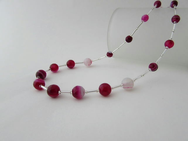 Agate Necklace, Fuchsia Agate Necklace. Agate Jewellery,