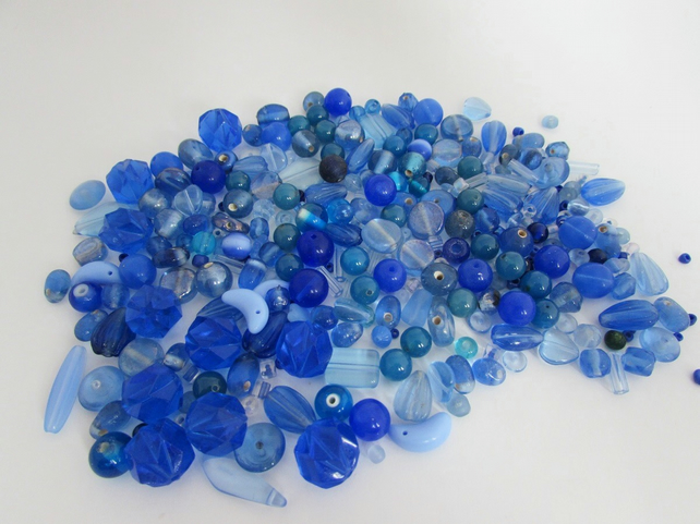 Blue Beads. Mixed bag of Blue Beads, Blue Beads for jewellery & craft making
