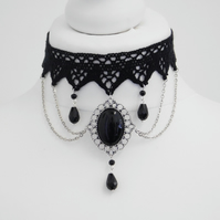 Gothic Black Stone Pendant Beaded Chain Scallop Crochet Lace Choker Necklace Vic