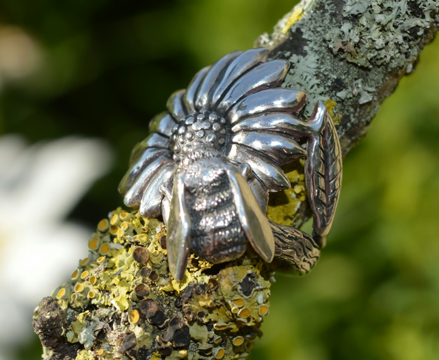 Sterling Silver RIng: Bumble Bee