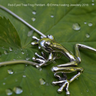 Sterling Silver Pendant: Tree Frog - Large