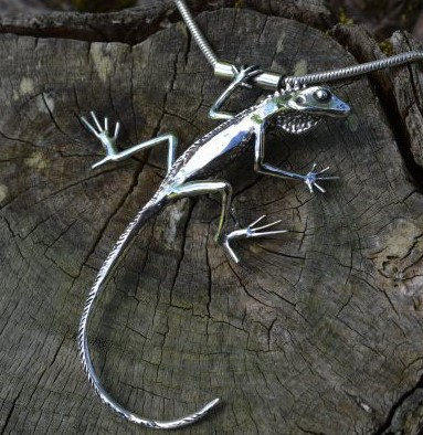 Sterling Silver Necklace: Green Crested Lizard