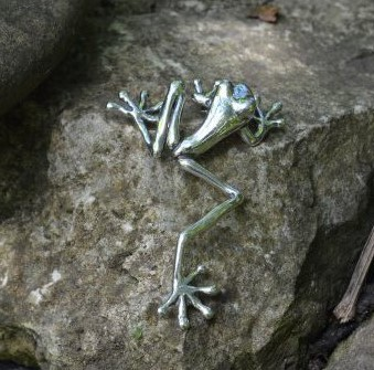 Sterling Silver Brooch: Tree Frog - Large