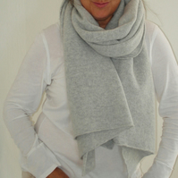 Lambswool Wrap - British Spun Wool - Colour Palest Grey