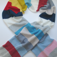 Lambswool Scarf handmade in Greenwich London with British Spun Wool - Cheerful M