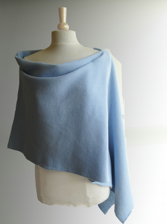 Lambswool Wrap - British Spun Wool - Colour Ice Blue