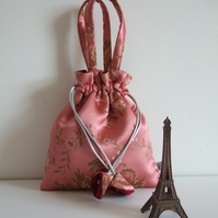 Pink brocade drawstring bag F8