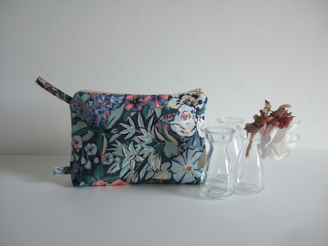 Pastel floral vintage Liberty toiletries make up or storage bag F25