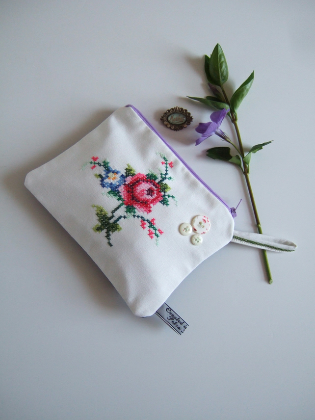 Vintage roses embroidery purse or make up bag. Present for Mum.