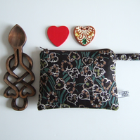 Liberty fabric with hearts. Make up bag, cosmetics or coin purse.