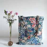 Book bag or tote bag in a vintage 1970's Liberty print.