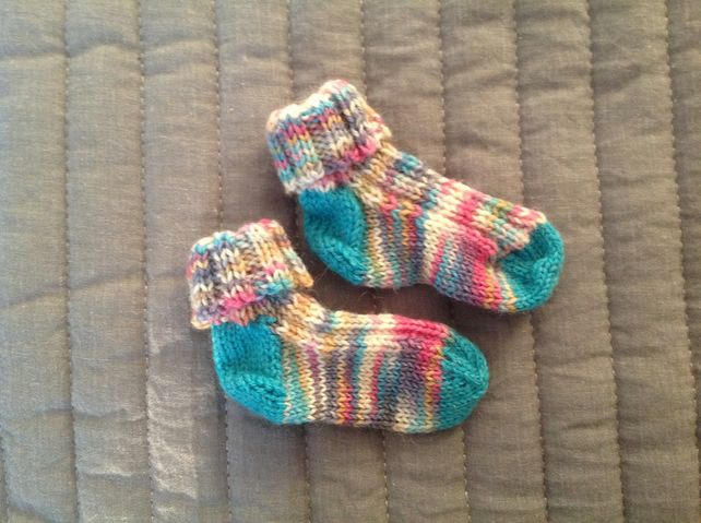 Newborn baby socks - hand knit