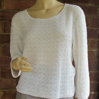 Tuck Lace Top in Linen