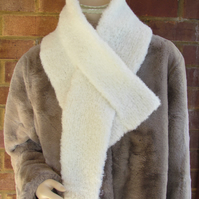 Faux-Fur Alpaca knitted Scarves Small