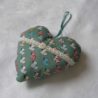 Hanging heart, green fabric, duck design, lavender filled