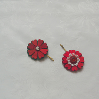 Felt flower, hair accessories, red, green, hand stitched