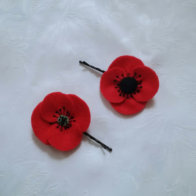 Poppies, hair flower, Bobby pin, felt embroidered, poppy appeal, free shipping