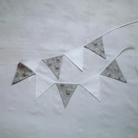 Bunting, grey, white, llamas, alpaca, flags, nursery, playroom, bedroom