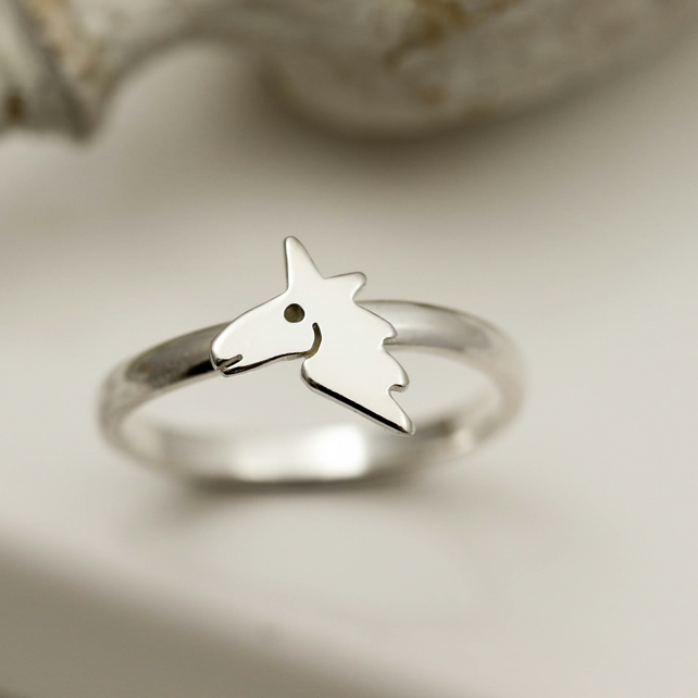 Unicorn Ring in Sterling Silver