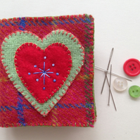 Folk art heart needlecase