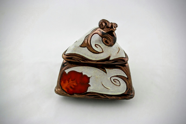 Handmade jewelry box, Treasury box, Ceramic keepsake box, trinket box, Christmas