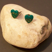 Green and gold heart stud earrings (E 67)