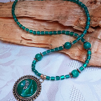 Green and turquoise rope edge pendant (N008)