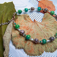 Blue-green cats eye and rosebud bracelet (B 31)