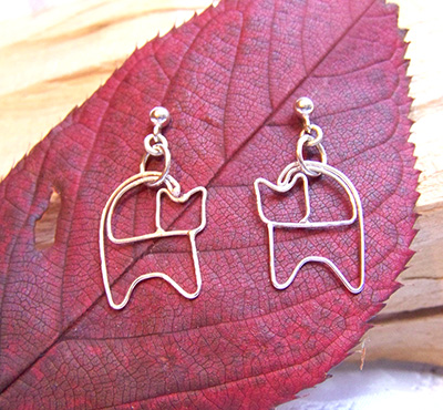 Sterling silver cat earrings (E 42)