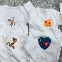 3-6months baby bodysuit, white body, animal, dinosaur, tractor motif