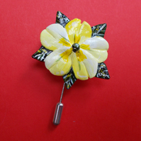 Spring PRIMROSE PIN Yellow Wedding Lapel Flower Brooch Pin HANDMADE HAND PAINTED