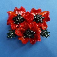 3D RED POPPIES BROOCH Remembrance Wedding Lapel Flower Pin HANDMADE HAND PAINTED