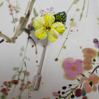 Small Spring Yellow PRIMROSE PIN Bridal Lapel Flower Brooch HANDMADE HANDPAINTED