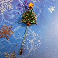 CHRISTMAS TREE PIN Bronze Tone Filigree Festive Lapel Pin HANDMADE HAND PAINTED