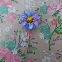 Forget-Me-Not BLUE DAISY PIN Spring Wedding Lapel Flower Brooch HAND PAINTED