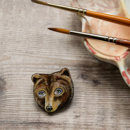 Brown bear illustrated wooden brooch