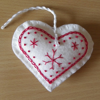 Scandi Felt Heart Tree Decoration