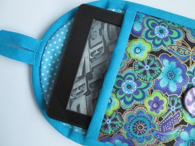 "Blue Flowers Kindle or 7"" Tablet Case"
