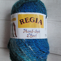 Destash - 100 g Ball Coats Regia Sock Wool in blue and turquoise mix
