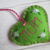 'Mum' Hand Embroidered Green Felt Keepsake Heart